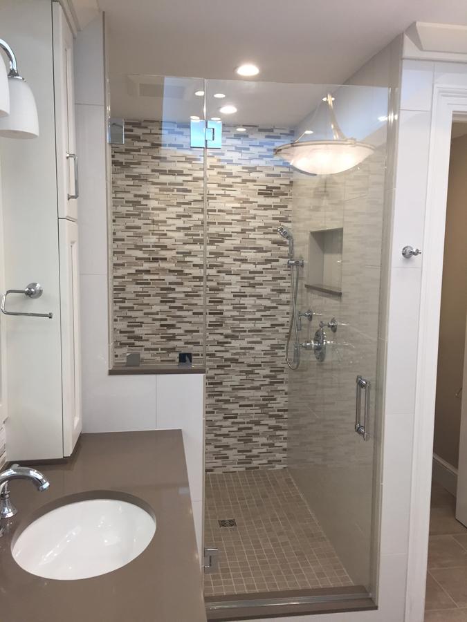 Lovely Large Bathroom ...